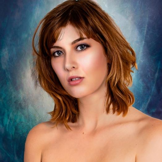 Sienna Hayes_2414 edited alt pp pe - Instalgram and Facebook