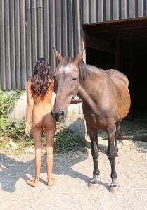 natalia-with-horse_42397623040_o