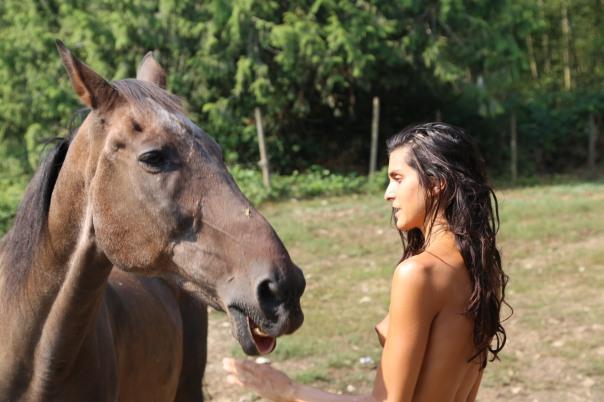 natalia-with-horse_42397625630_o
